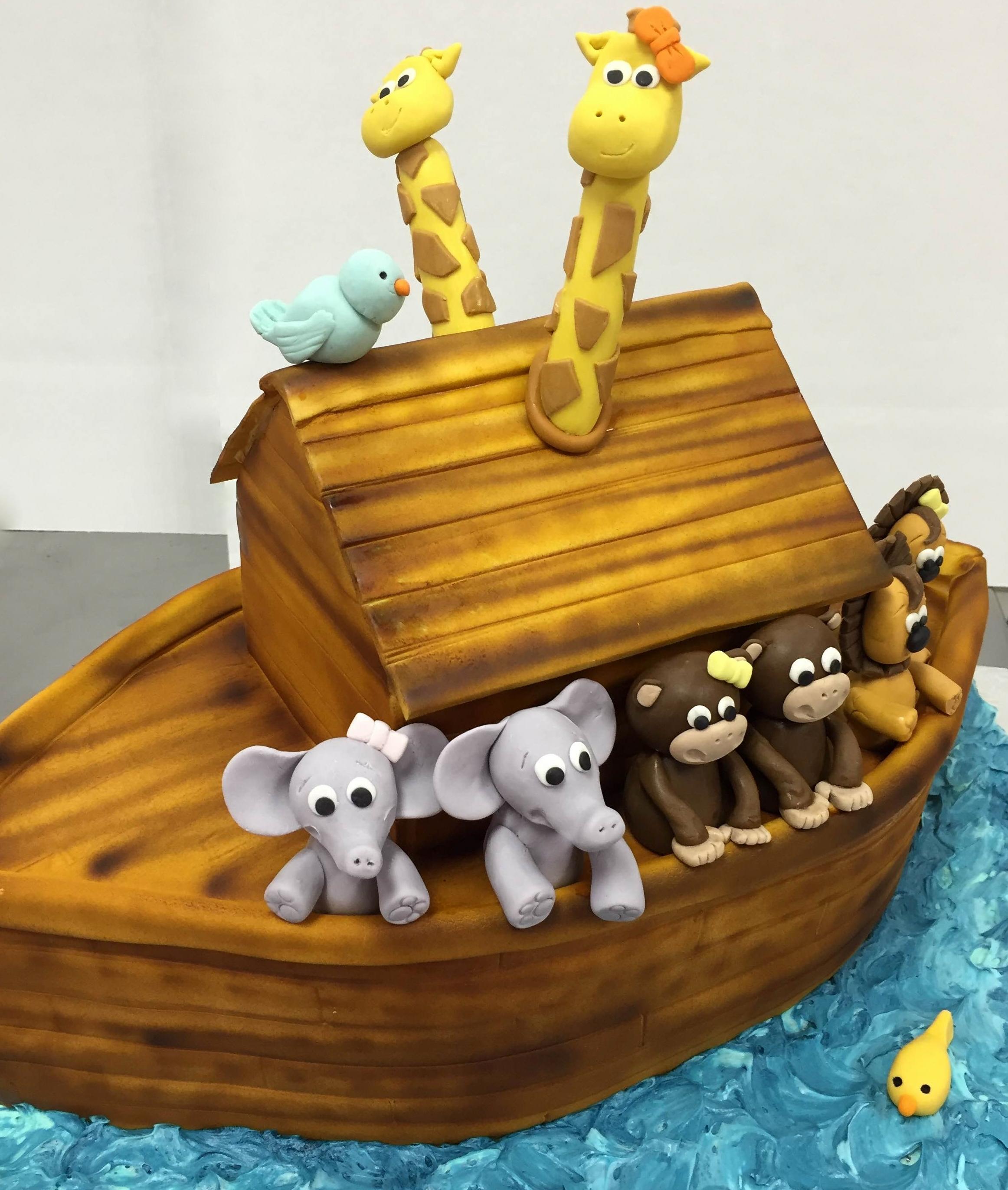 noahs ark with giraffe heads.JPG