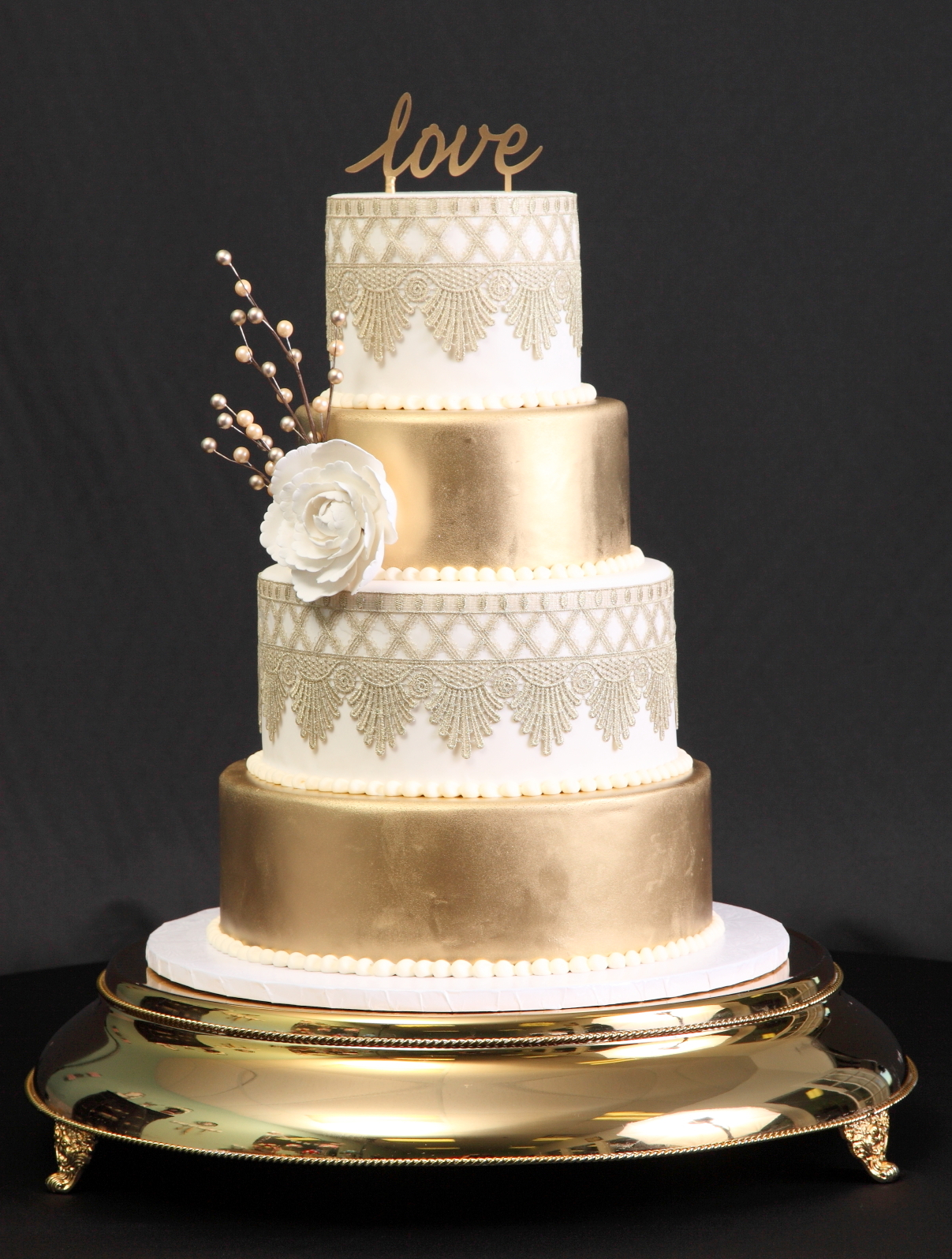 wedding- gold with gold lace and love topper.JPG