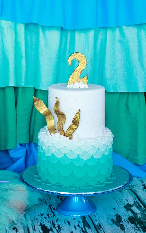 mermaid ombre fondant scales.jpg