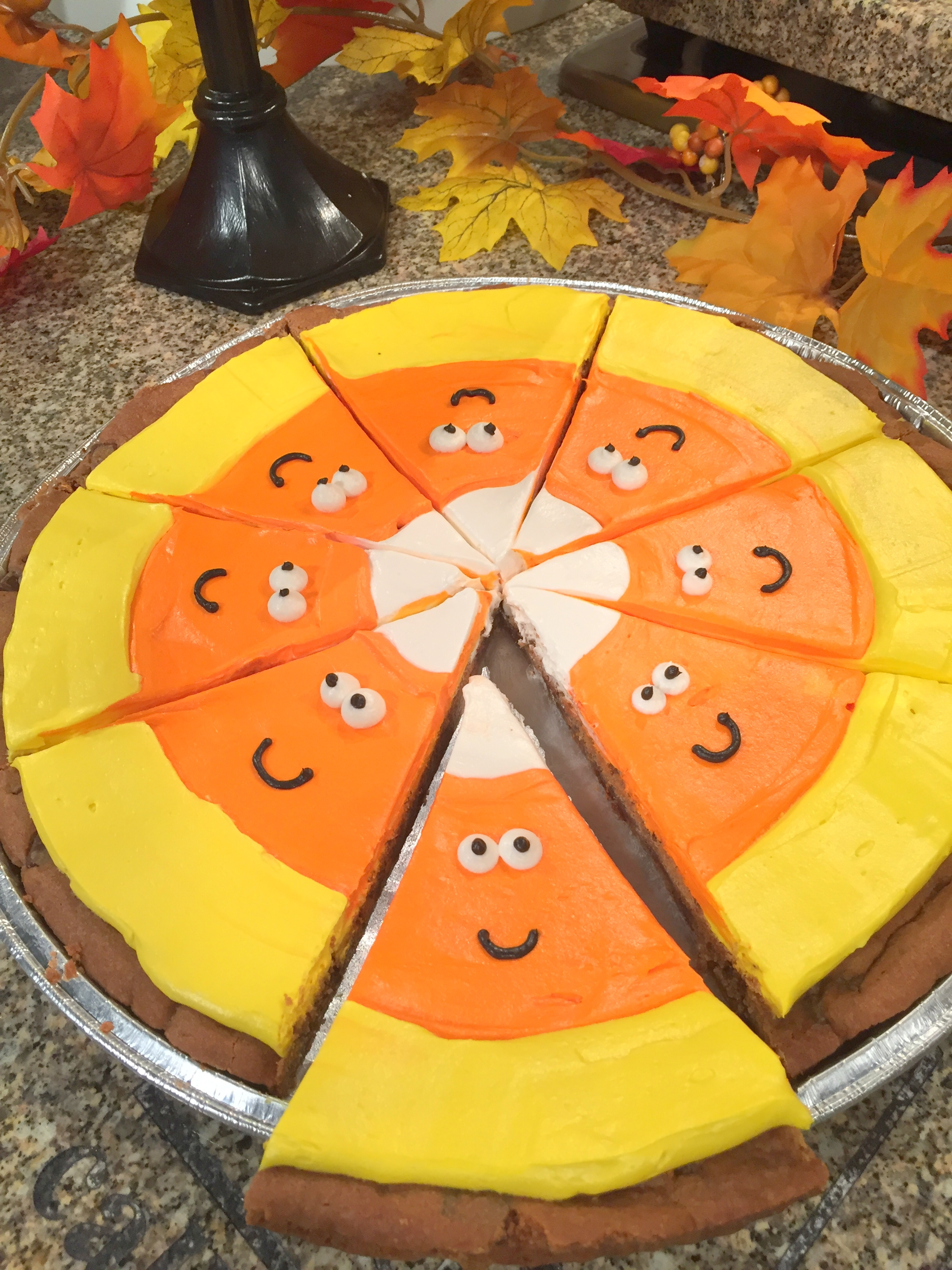 cookie cake-candy corn.JPG