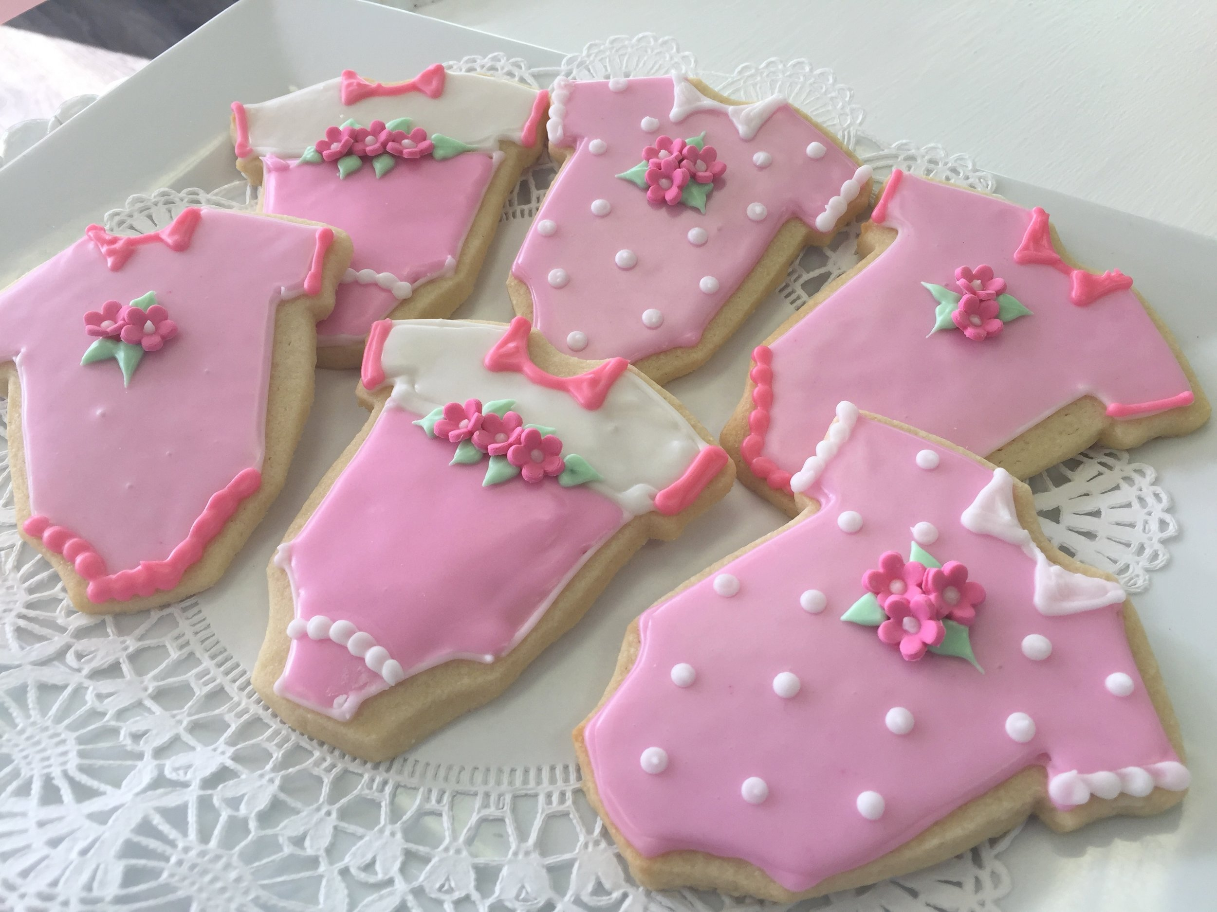 sugar cookies - pink onesies with polka dots.JPG
