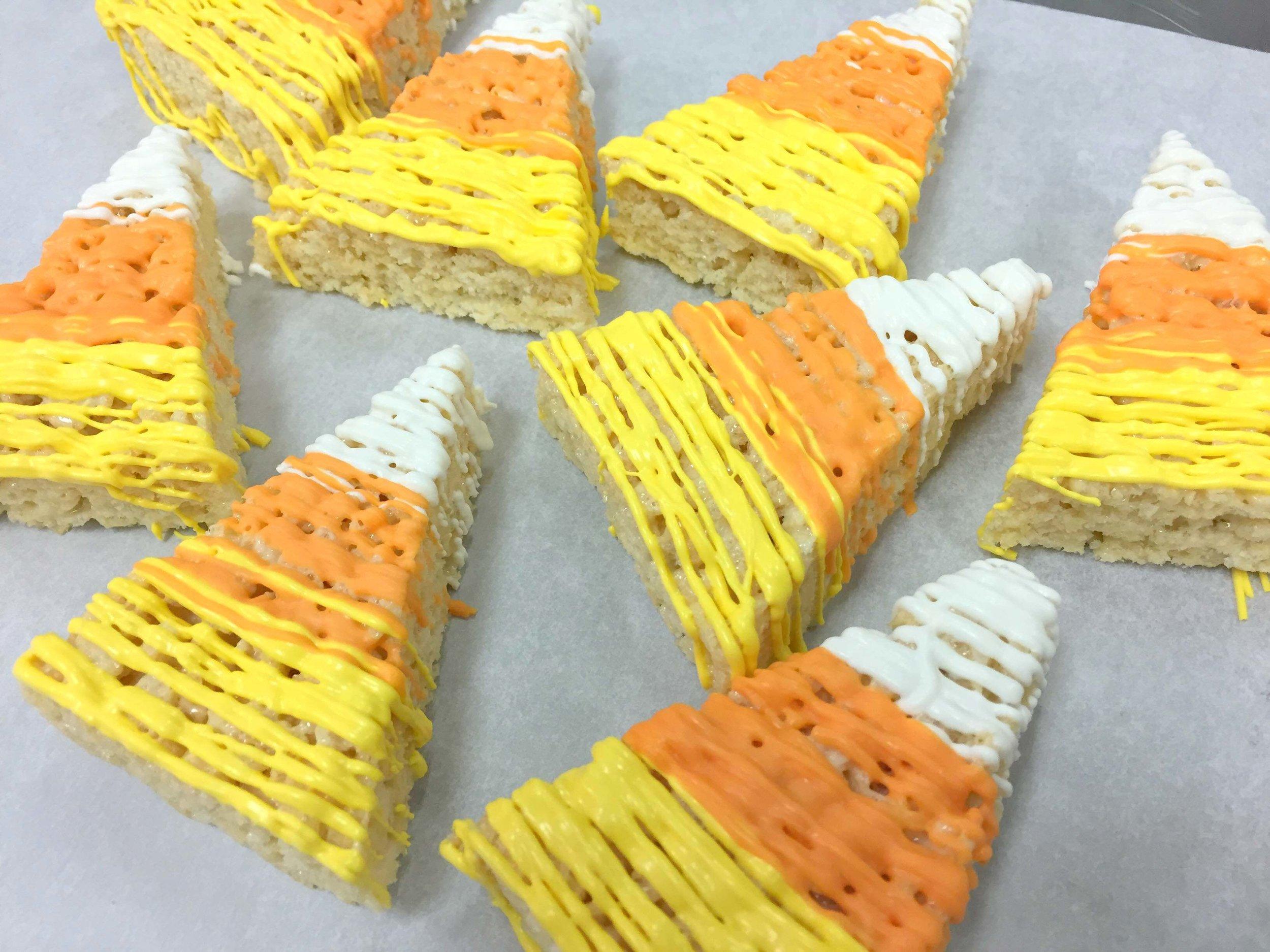 rice krispy treats-candy corn.JPG