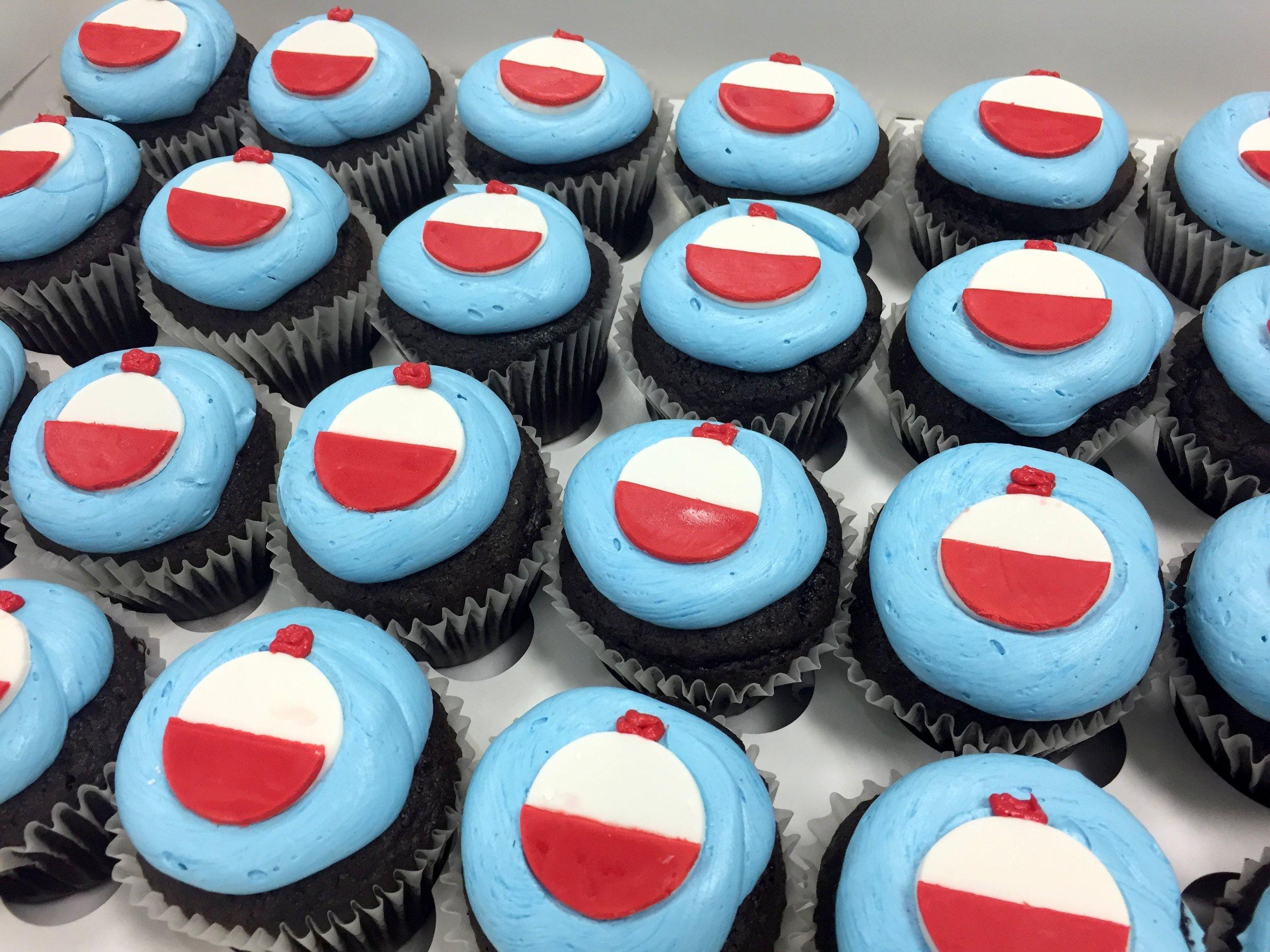 cupcakes- fish bobbers.JPG