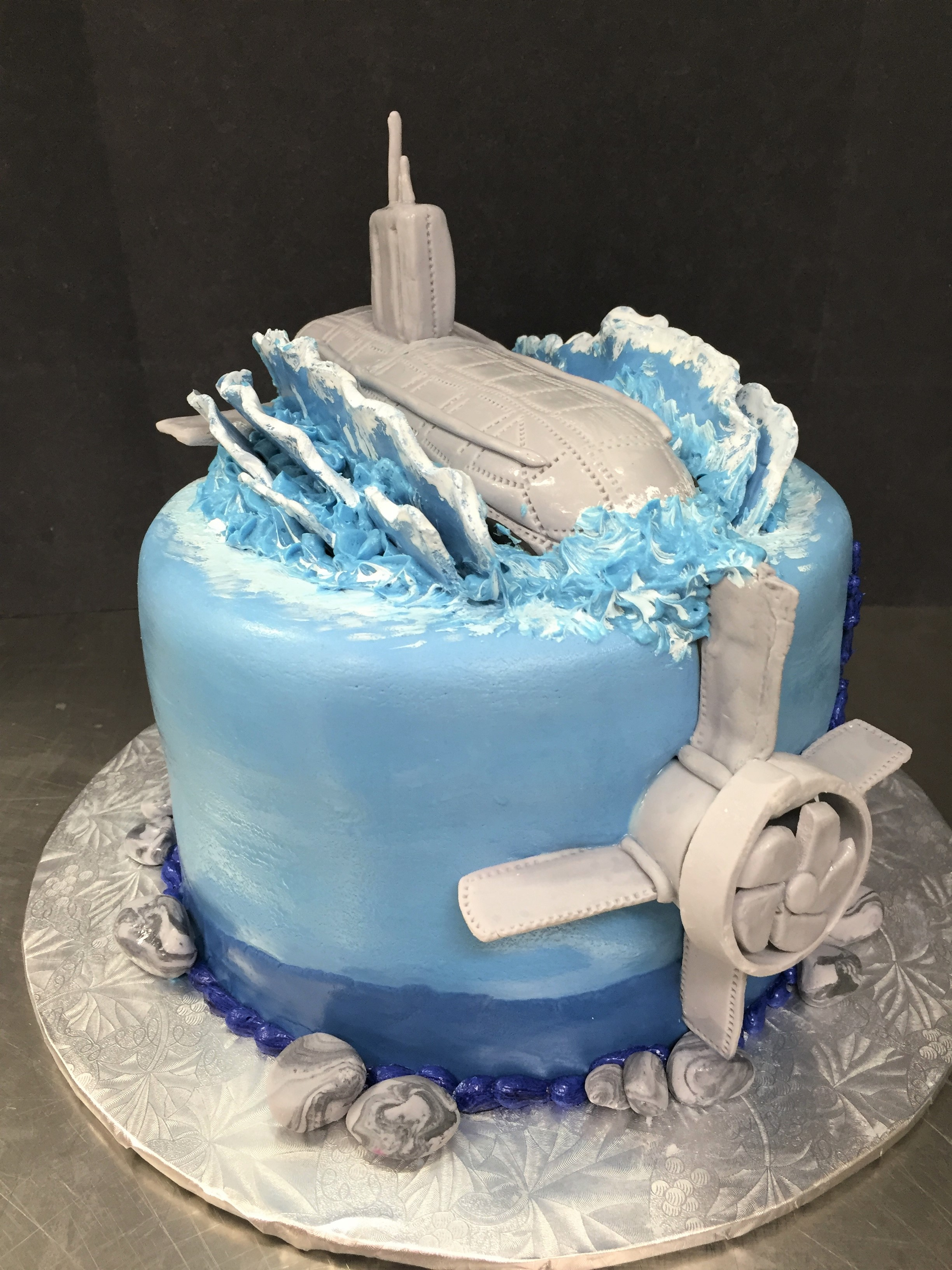 submarine cake.jpeg