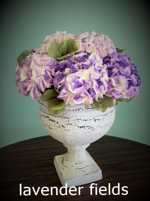pedestal with lavender and white hydrangeas.JPG