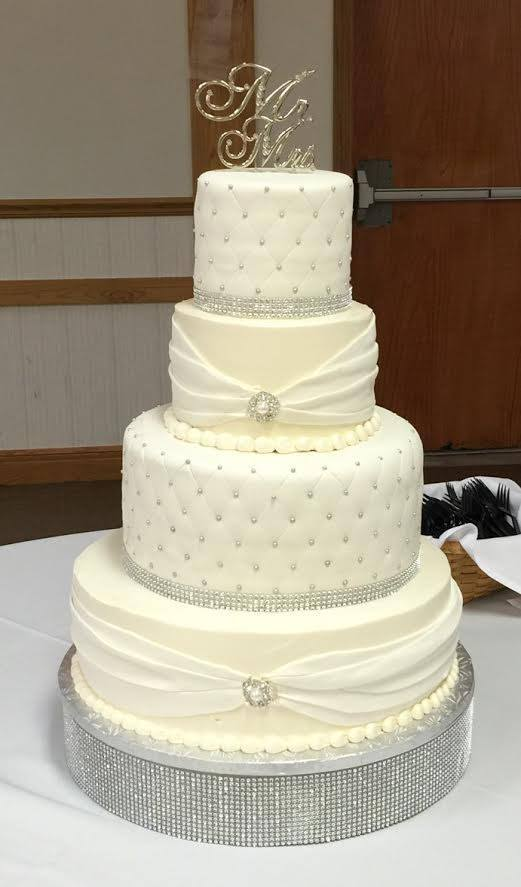 wedding cake with bling.jpg