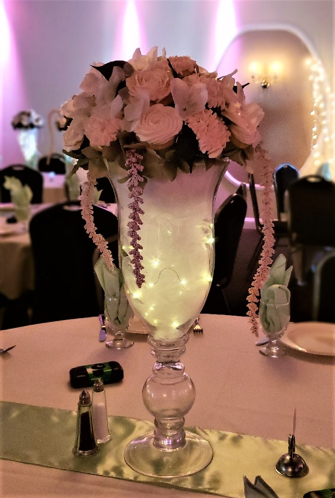 wedding table centerpiece.jpg