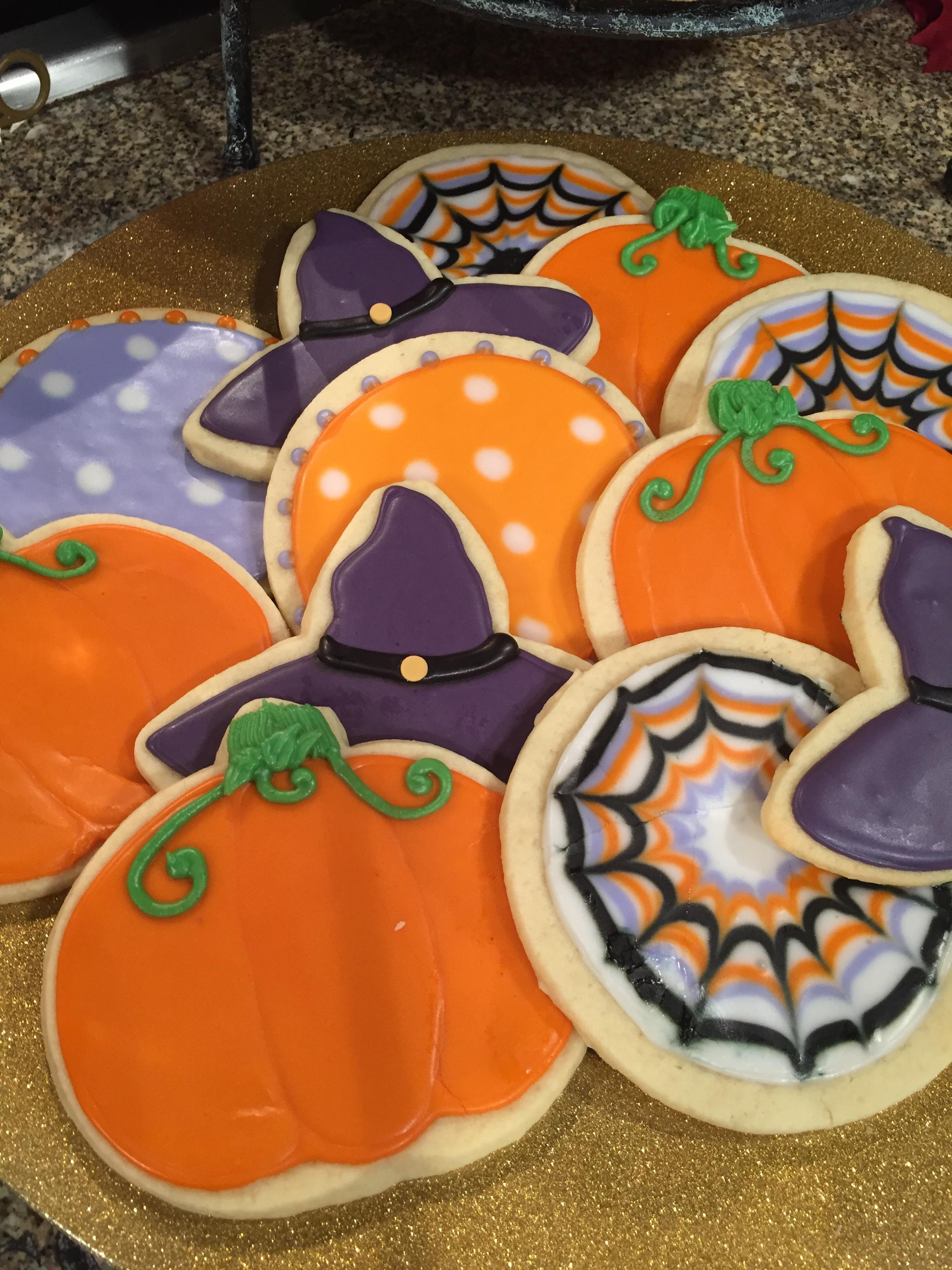 halloween cookies.JPG
