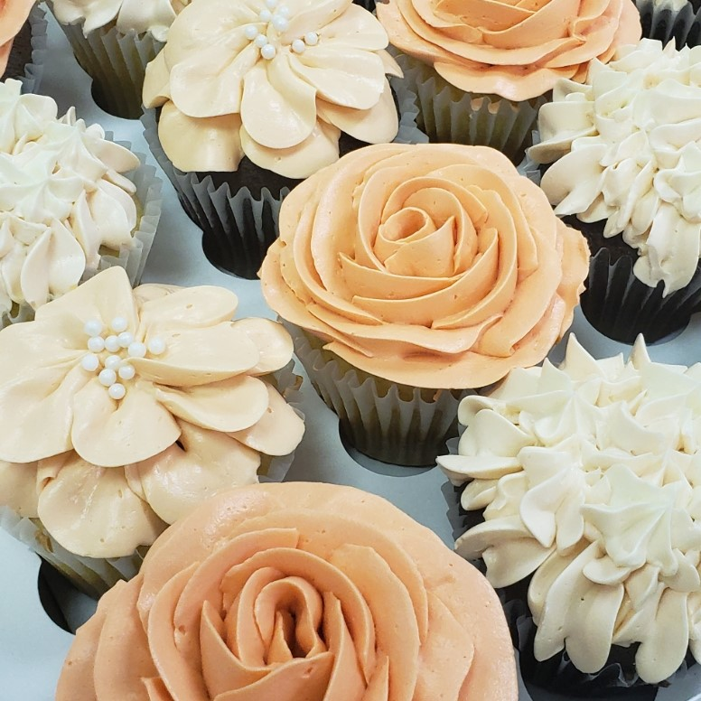 box of blooms- light peach and ivory.jpg