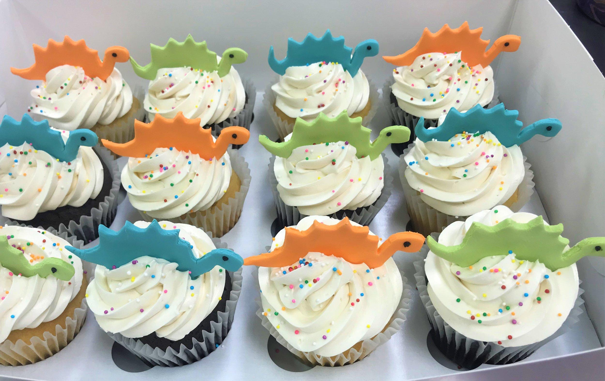 dino cupcakes.jpg