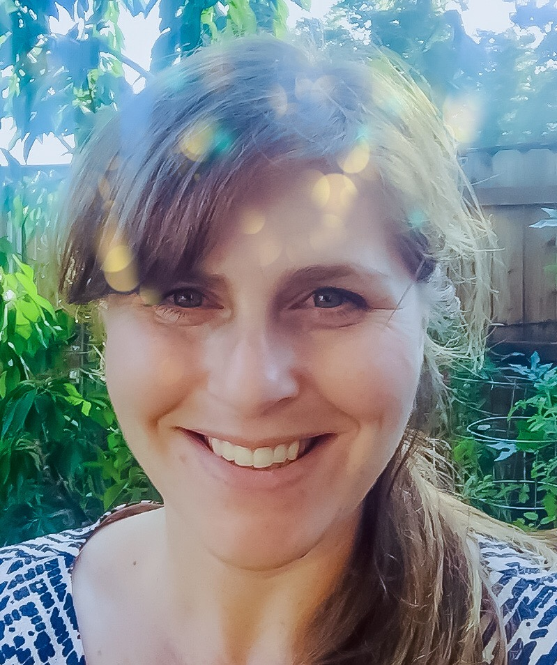 Mika K. Shiner, MFT - Napa Valley Child Play Therapist and Arts Therapist for Folks of All AgesEFT Couples Therapist- an attachment based intimacy method of therapy