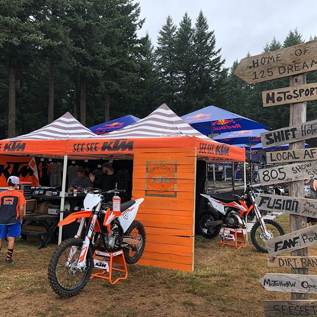 Come see us at the @washougalmxpk nationals today! We are on the in field right along the whoops section, can't miss us! lots of @ktmfactoryracing swag, shop apparel and collabo @muul_usa #ruckbucket  Come check it! . . . . #seeseeriders #ktmofportland #pnwmotocross #braap