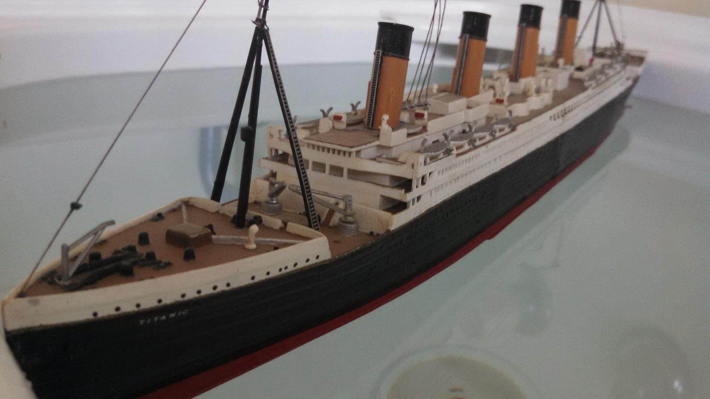 Titanic-in-a-tub-2