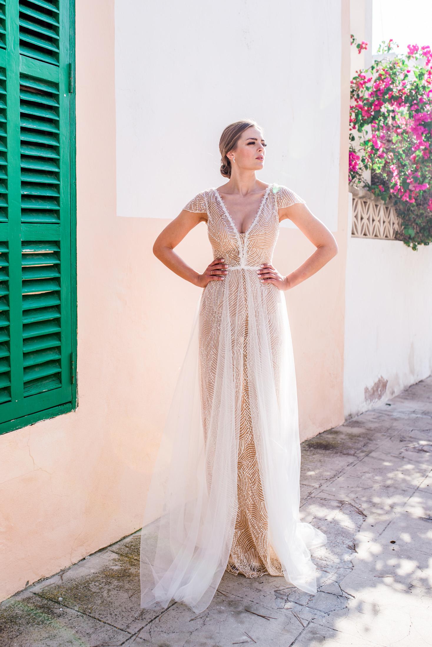 Charlene - Ausgefallenes Brautkleid im 19er-Jahre-Stil — Torrox