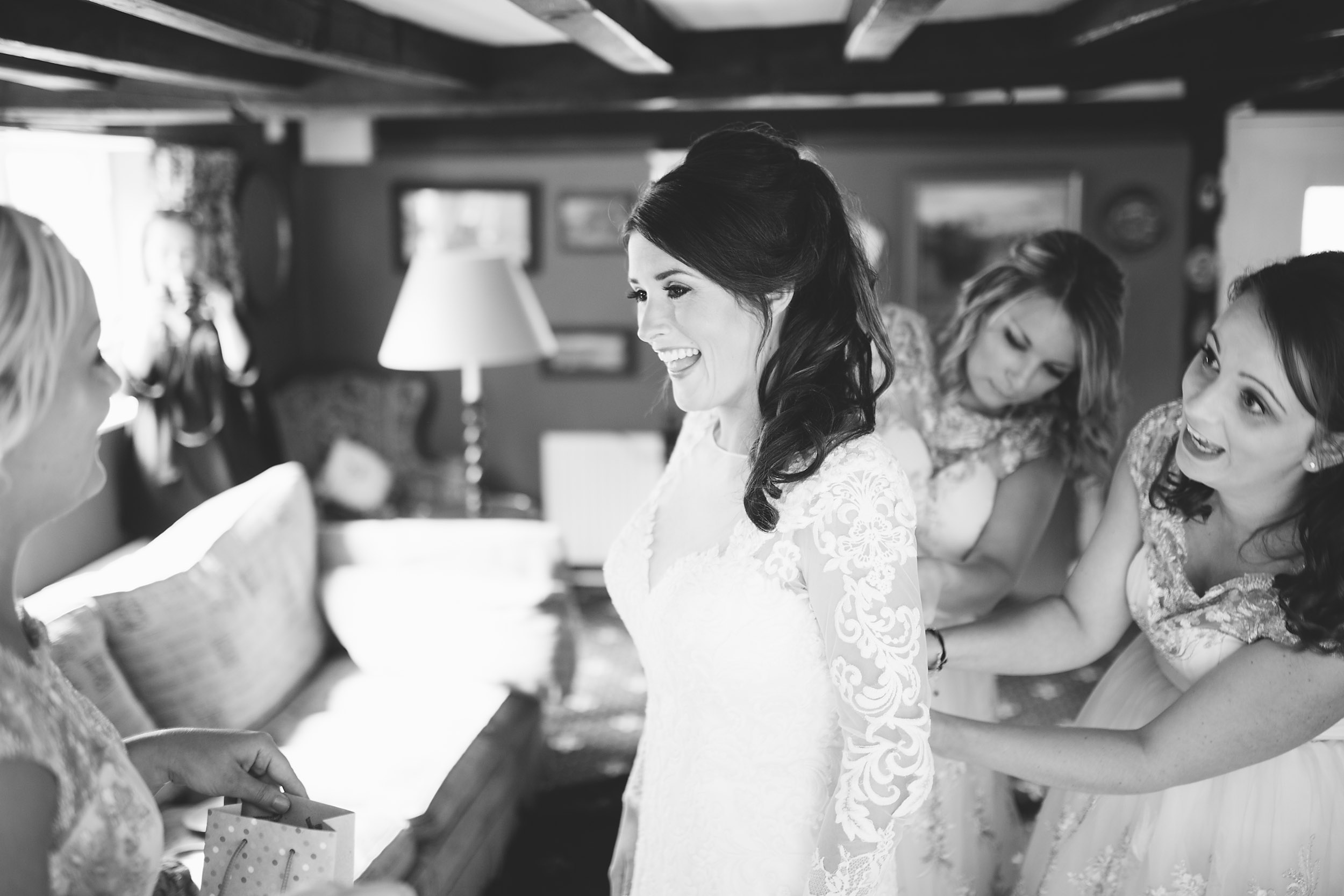 Relaxed Informal Wedding Photography B+L-011.jpg