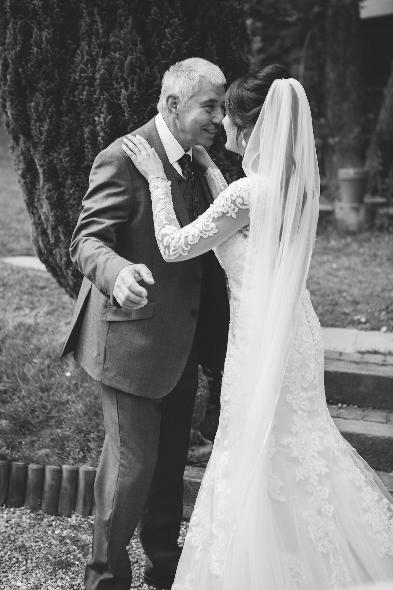 Relaxed Informal Wedding Photography B+L-014.jpg