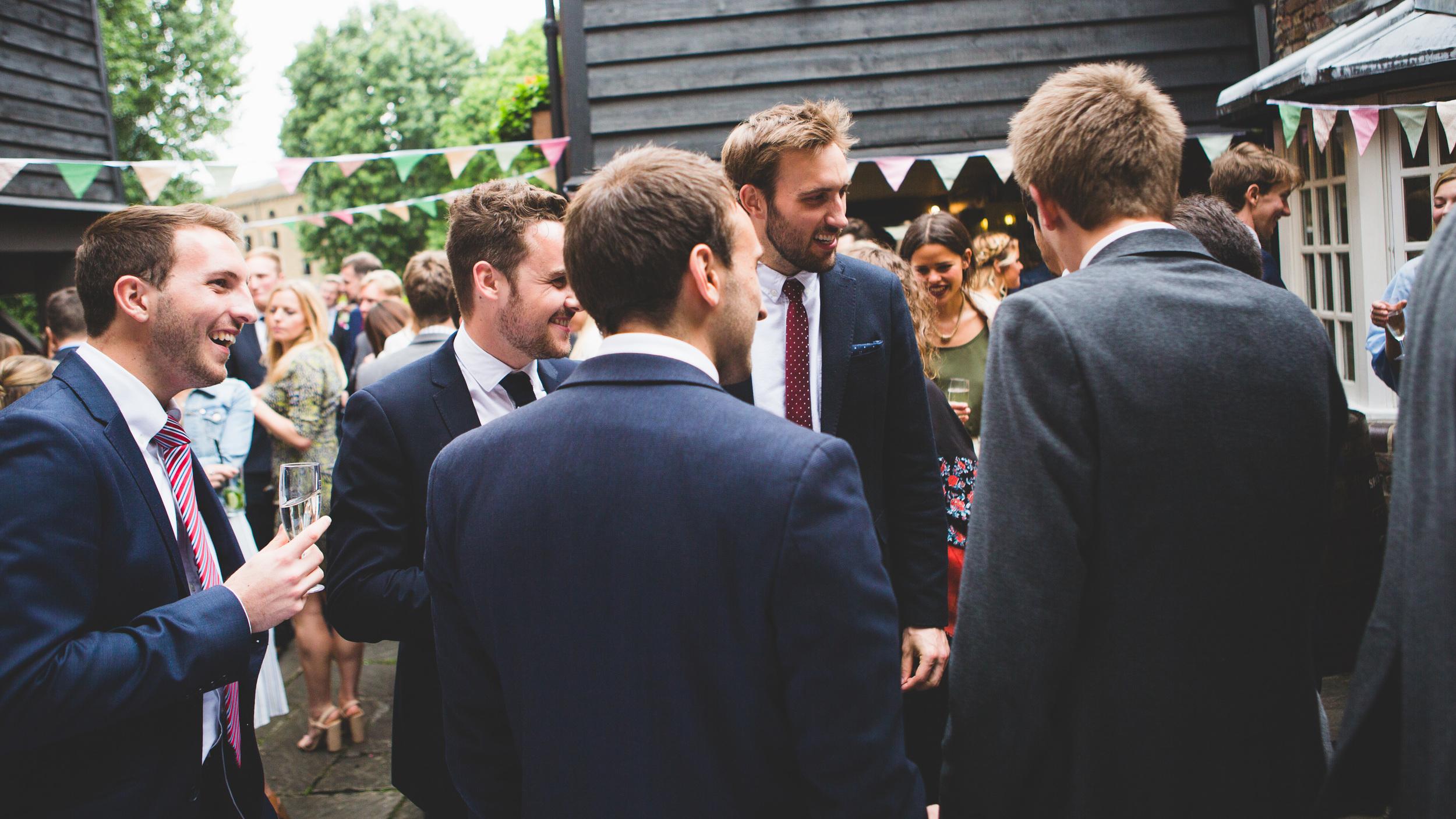 Sam+Ruth_London_Dickens_Inn061.jpg