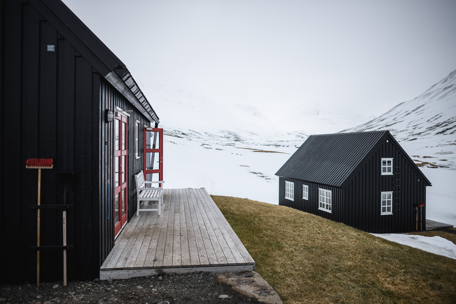 Klængshóll-cabins.jpg