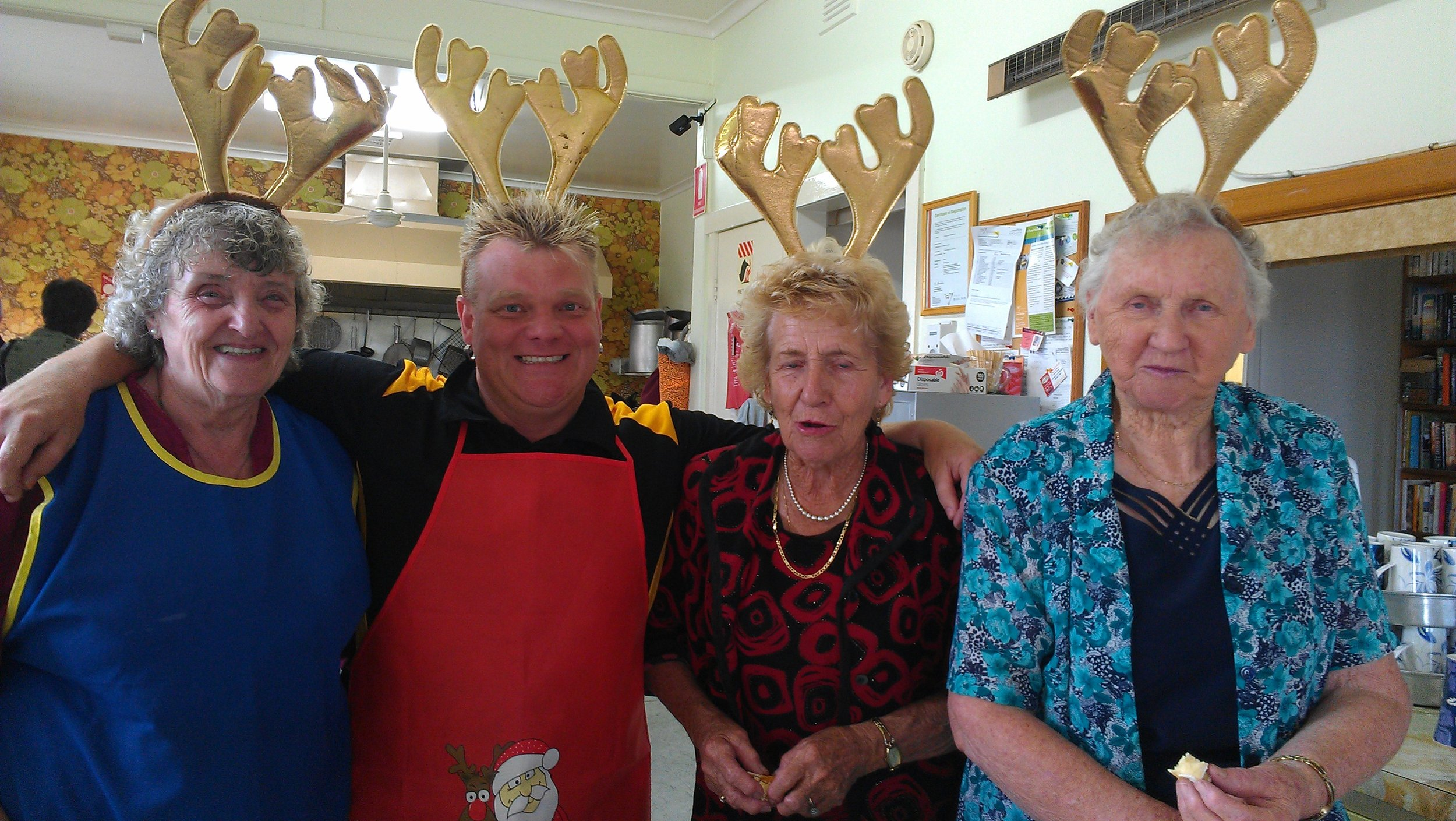 Kitchen reindeers Xmas 2013.jpg