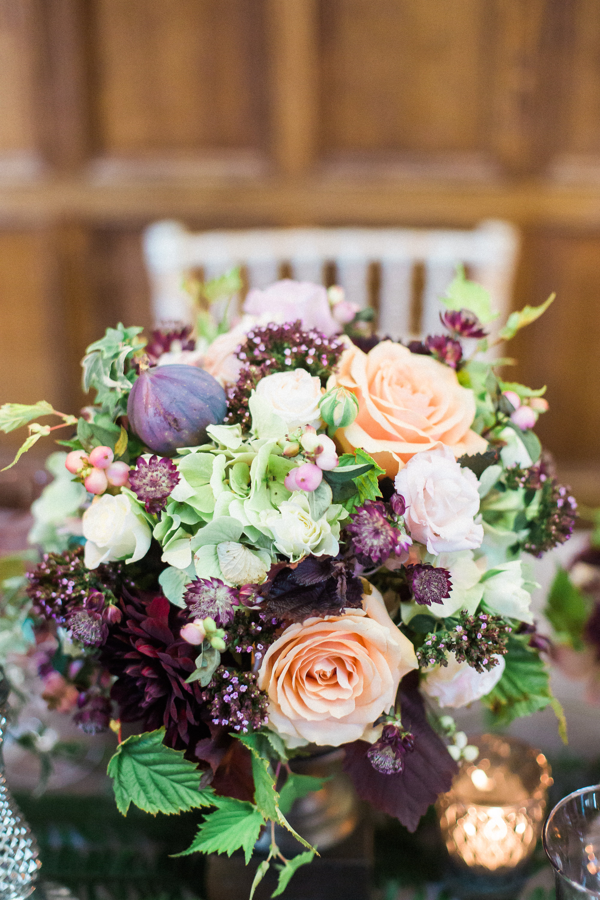 A close-up by Xander & Thea of MJV's gorgeous arrangement for our botanical styled shoot at Middle Temple Hall