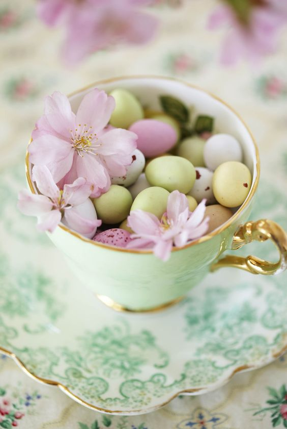 mini eggs tea cup easter decorations