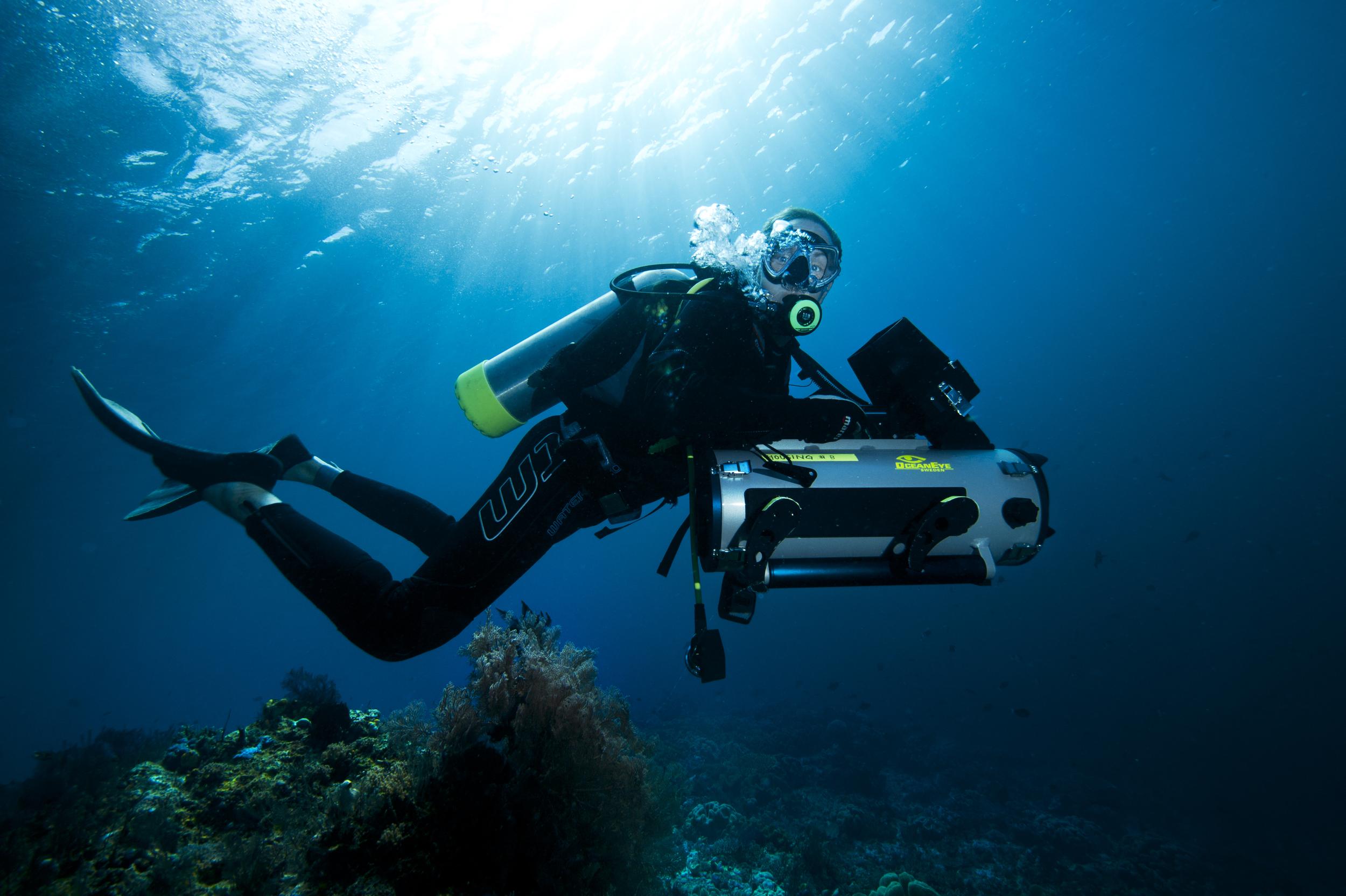 Mattias diving in Indonesia.