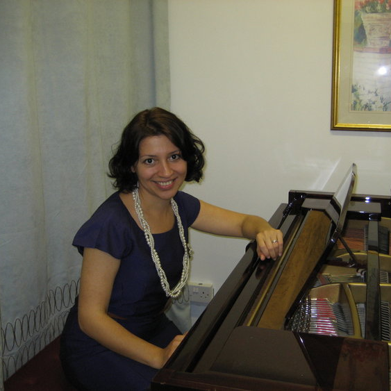 Nina: Piano Teacher in Walthamstow, E17, London