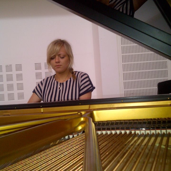 Laura: Piano Teacher in Shawlands, G41, Glasgow, Scotland