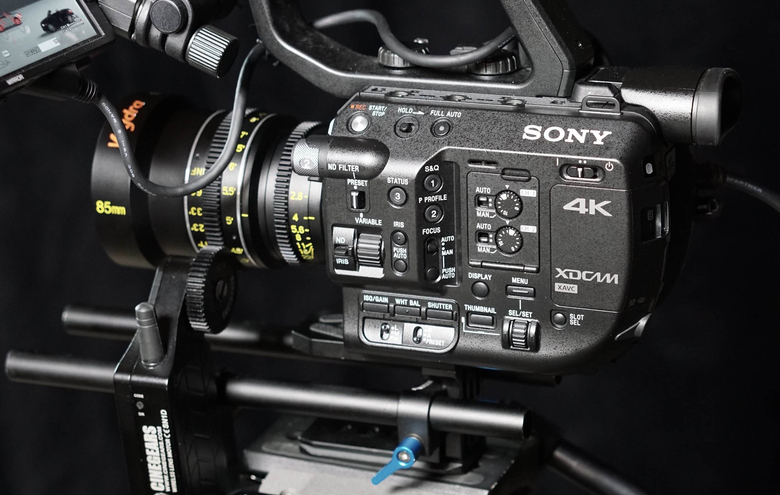 Cinegears  attached to  Veydra 85mm T2.2 Mini-Prime in Sony e-mount  on  Sony FS5  - killer combo. But my no-name cheapie rod system has got to go: it was so bendy that the whole camera shook at the beginning and end of each pull when operating at anything other than slowest speed.