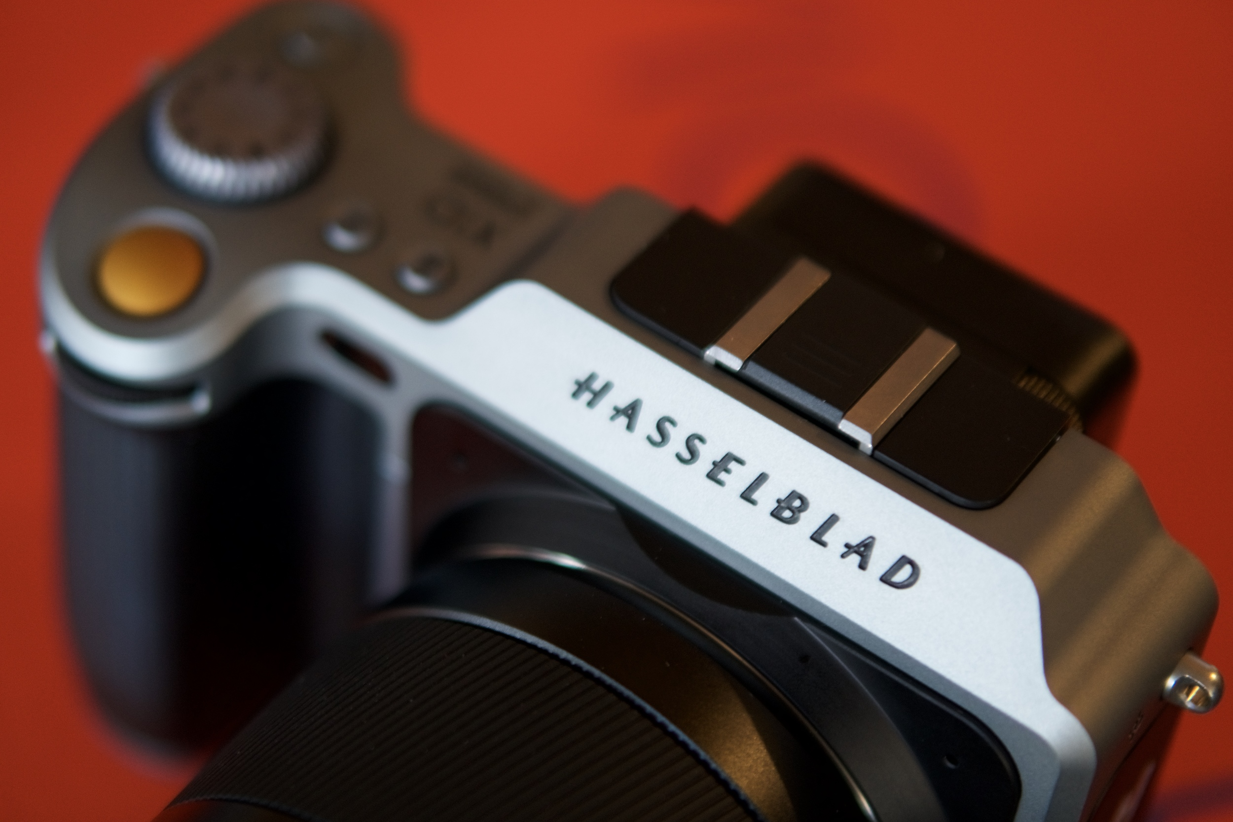 Hasselblad  X1D  is one third the price of its full-boat bigger brother    H6D-50c   , even though it has the same sensor and software user interface.