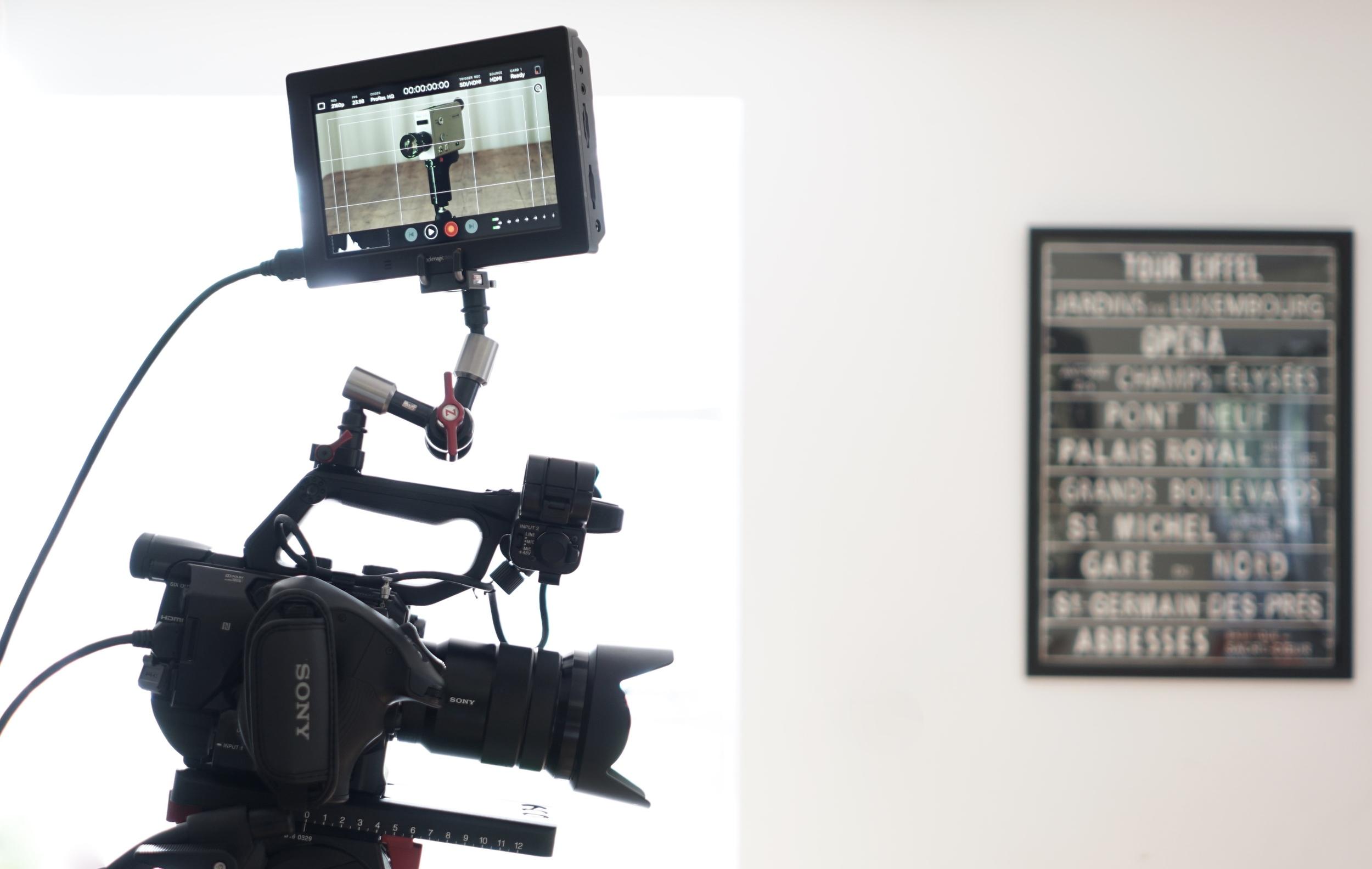 Blackmagic 4K Video Assist  mounted to  Sony FS5  via  Zacuto Zamerican Articulating Arm