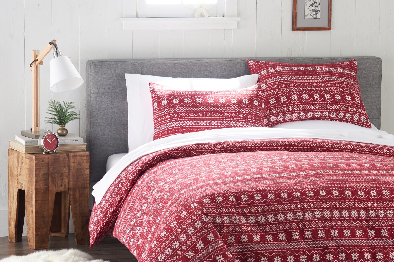 red_snowflake bed.jpg