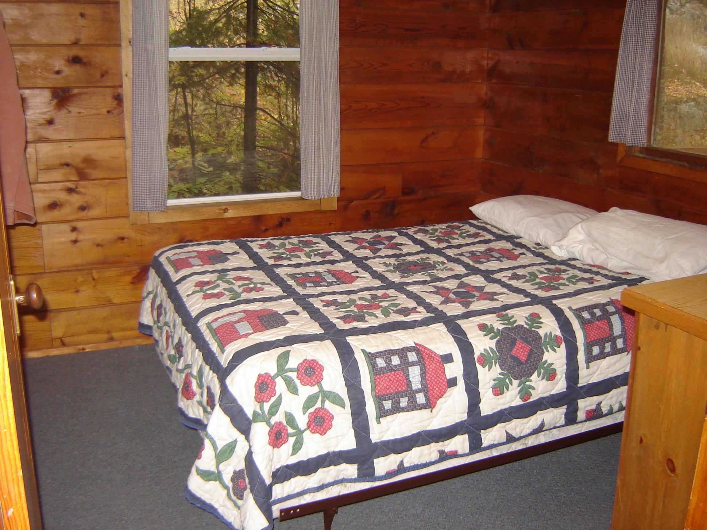 18 Bedroom DSC04625 copy.jpg