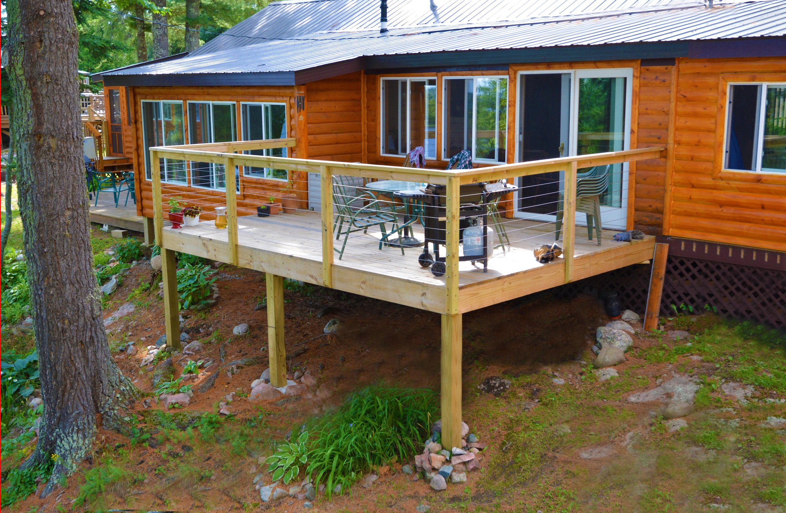 3 Sharon&Jon Outdoor Deck Exterior copy.jpg