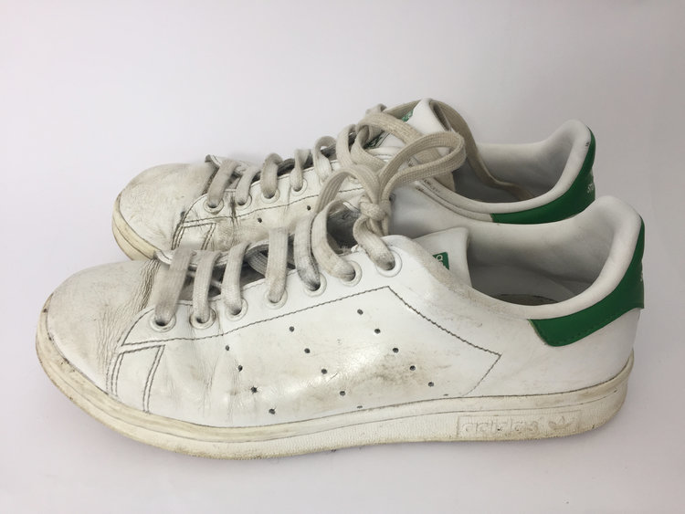 first rate aa523 7bdbe How to Make a White Trainer Stan Smith White Again - The Restory