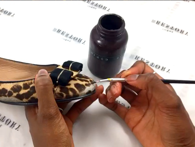 Hand painting the leopard print pattern