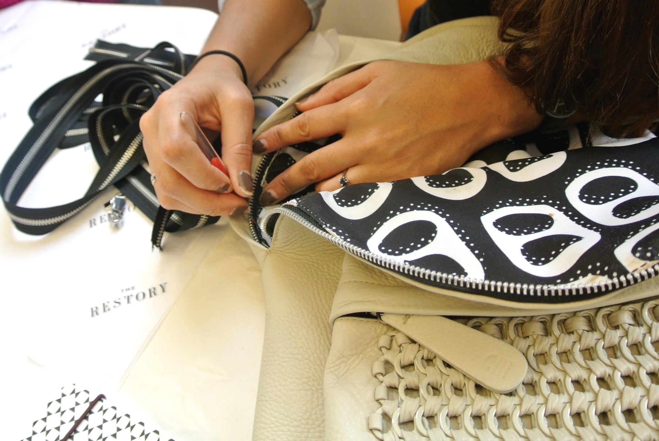 Stitching the zip