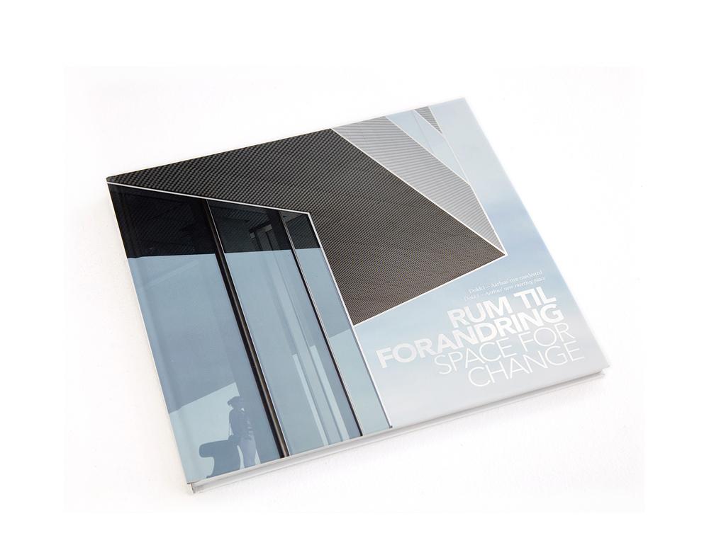 Dokk1_Arkitektur_bog.jpg