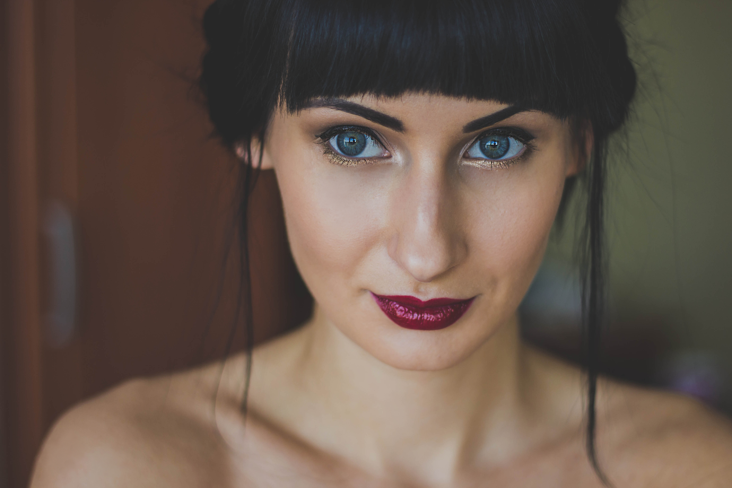 deep bold lip color