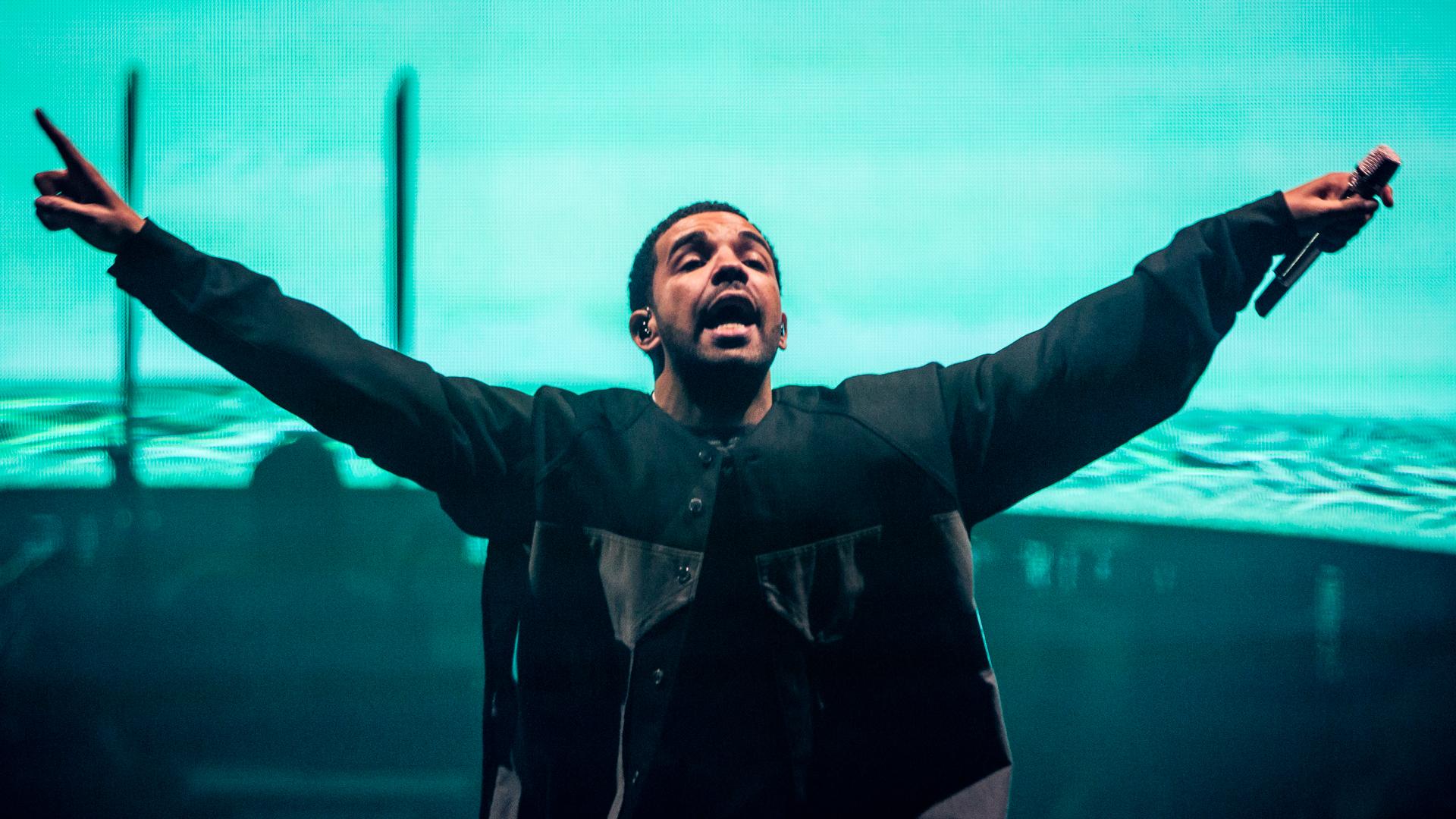 Drake-Wallpaper-37.jpg