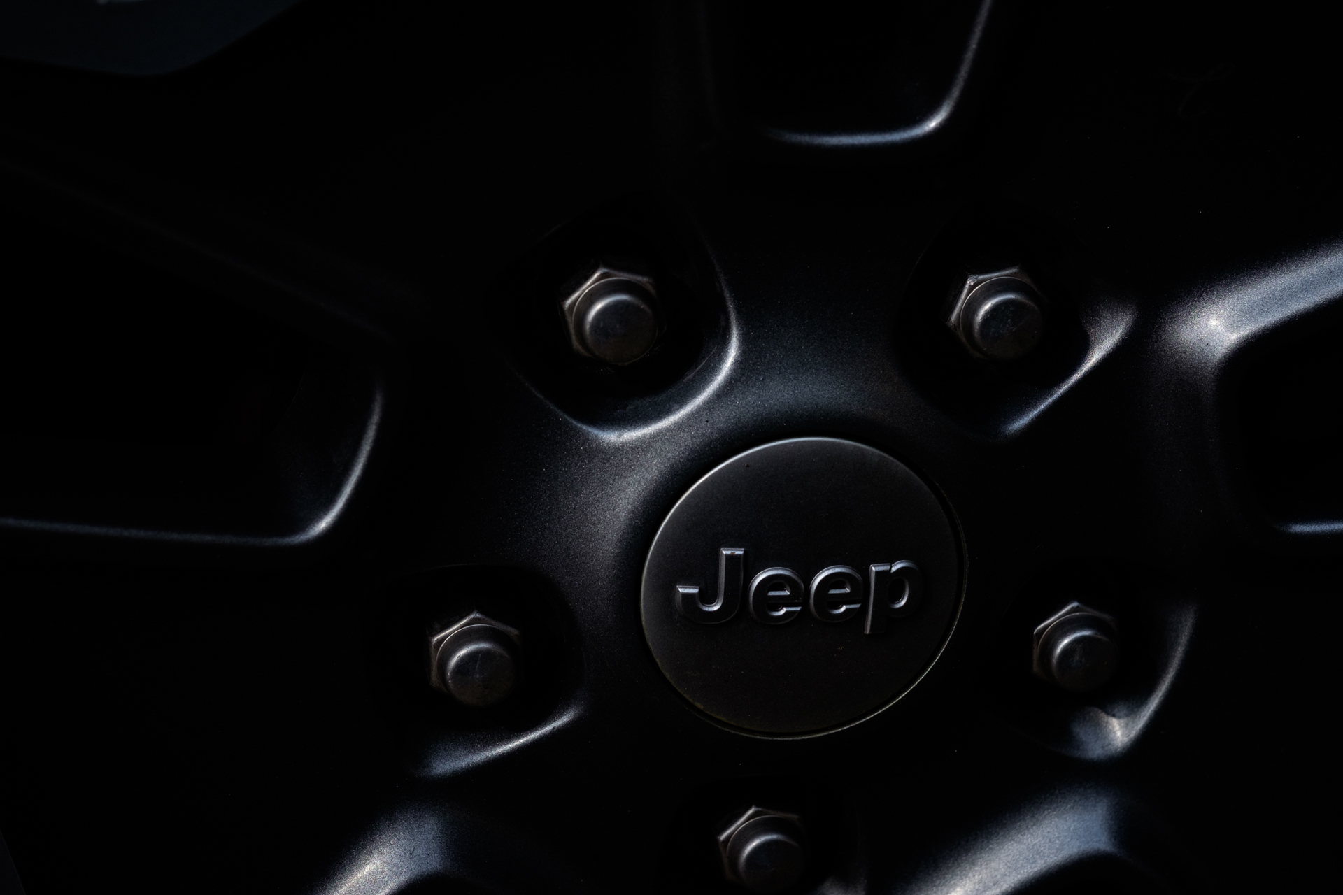 automotive-Jeep-wheels-3.jpg