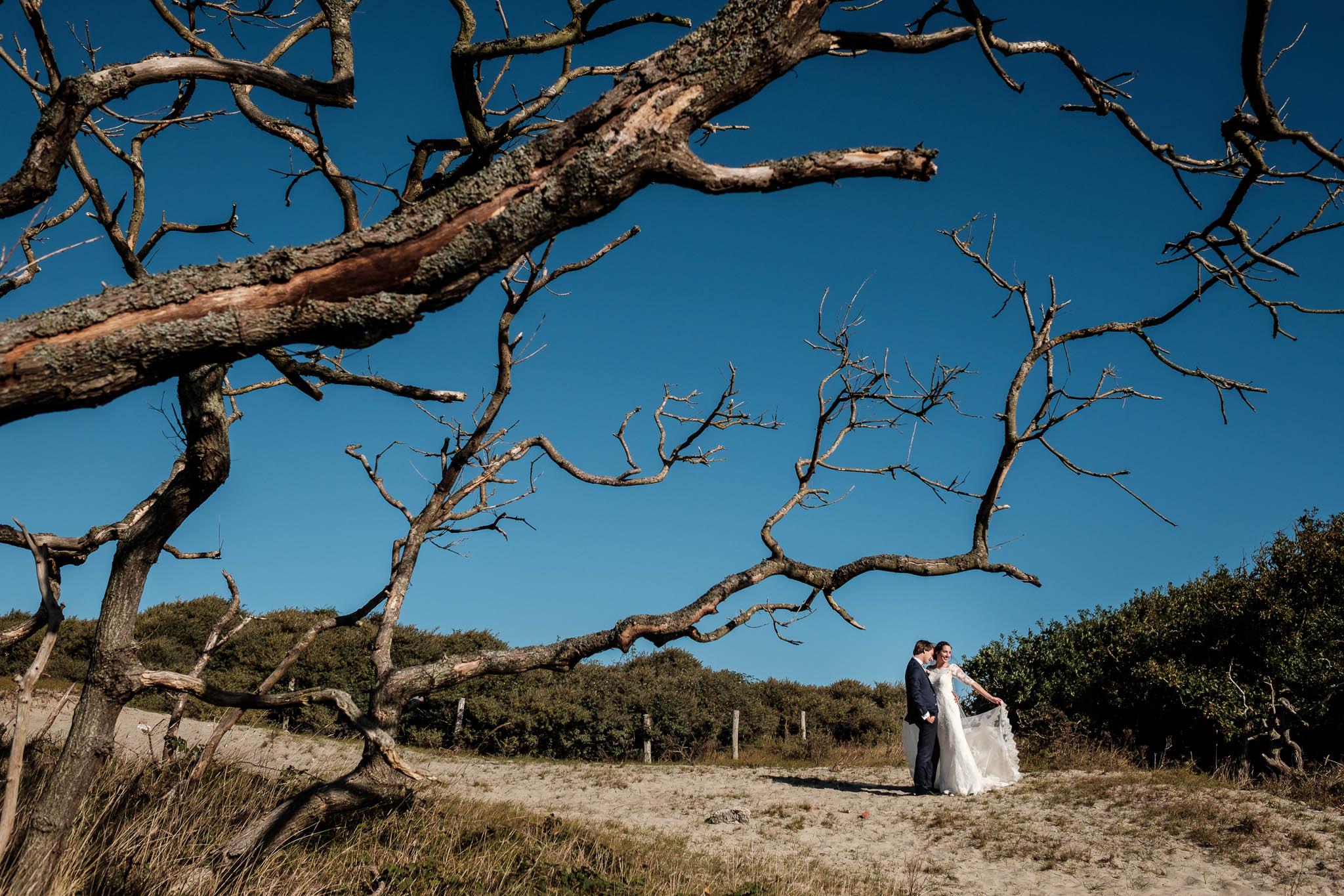 Ontspannen bruidsfotografie - liefdevol en uniek.