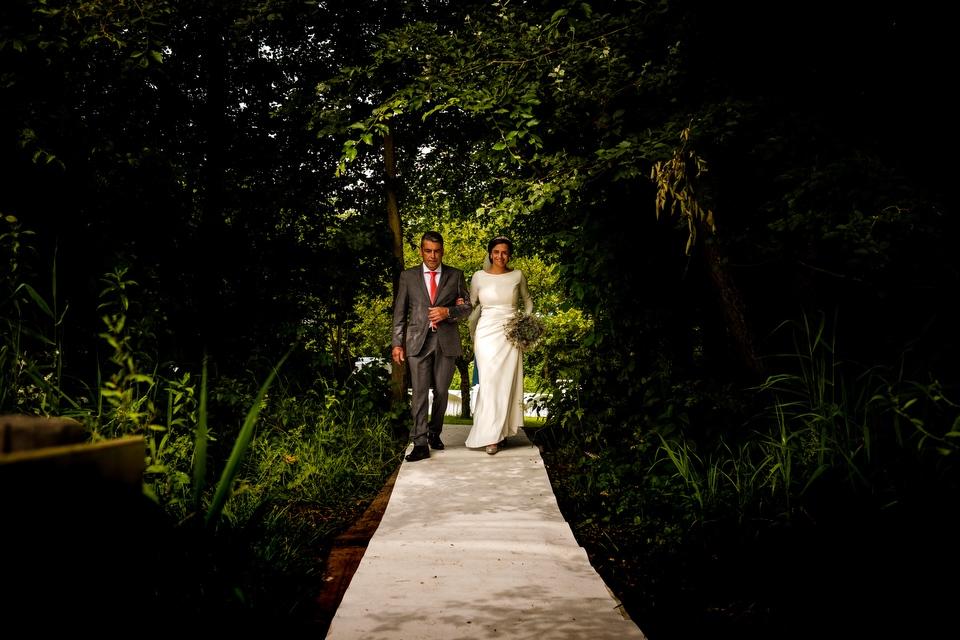 Vader geeft bruid weg | Zeeuwse bruiloft bij Slot Moermond in Renesse