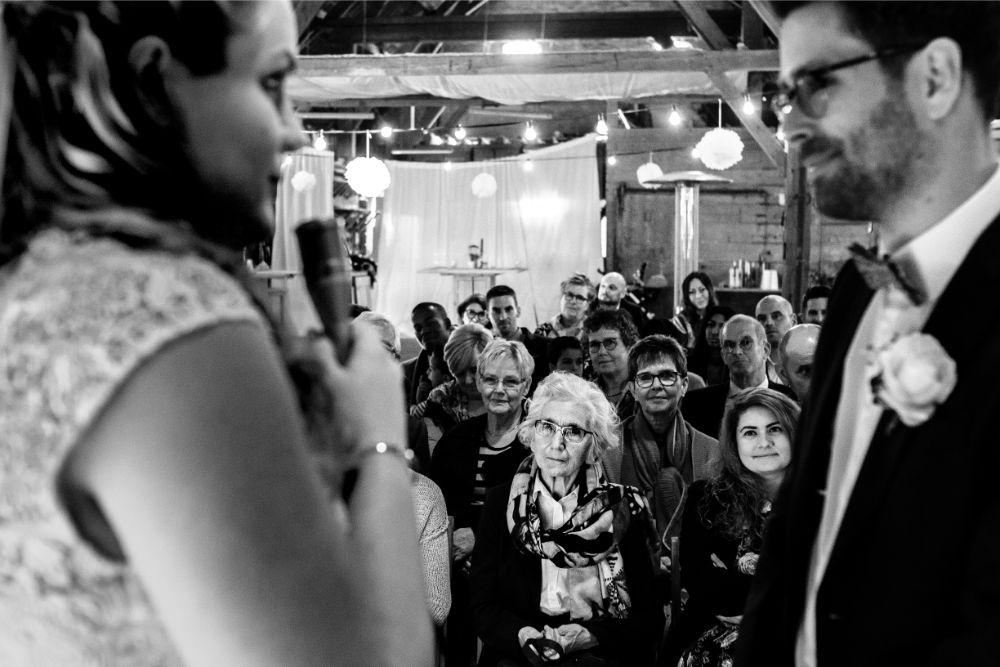 Foto van geloften tijdens de huwelijks ceremonie