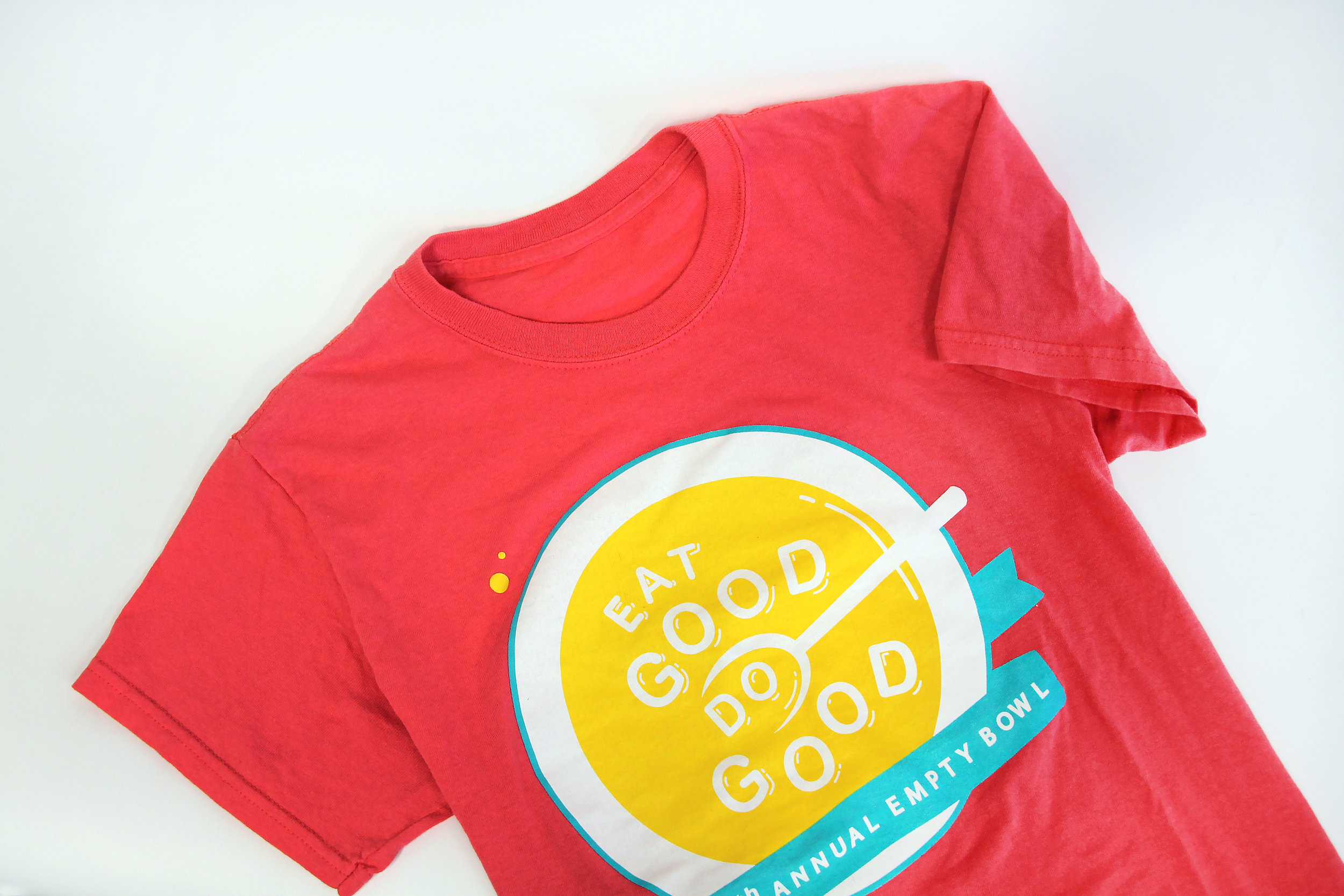 EAT GOOD. DO GOOD. - Empty Bowl is an annual fundraiser where the proceeds benefit Second Harvest Northern Lakes Food Bank in Duluth, Minnesota. For the 25th anniversary theme, I wanted the message to be powerful and clear; Eat good, while doing something good. The design was playfully and optimistically influenced by a classic bowl alphabet soup.