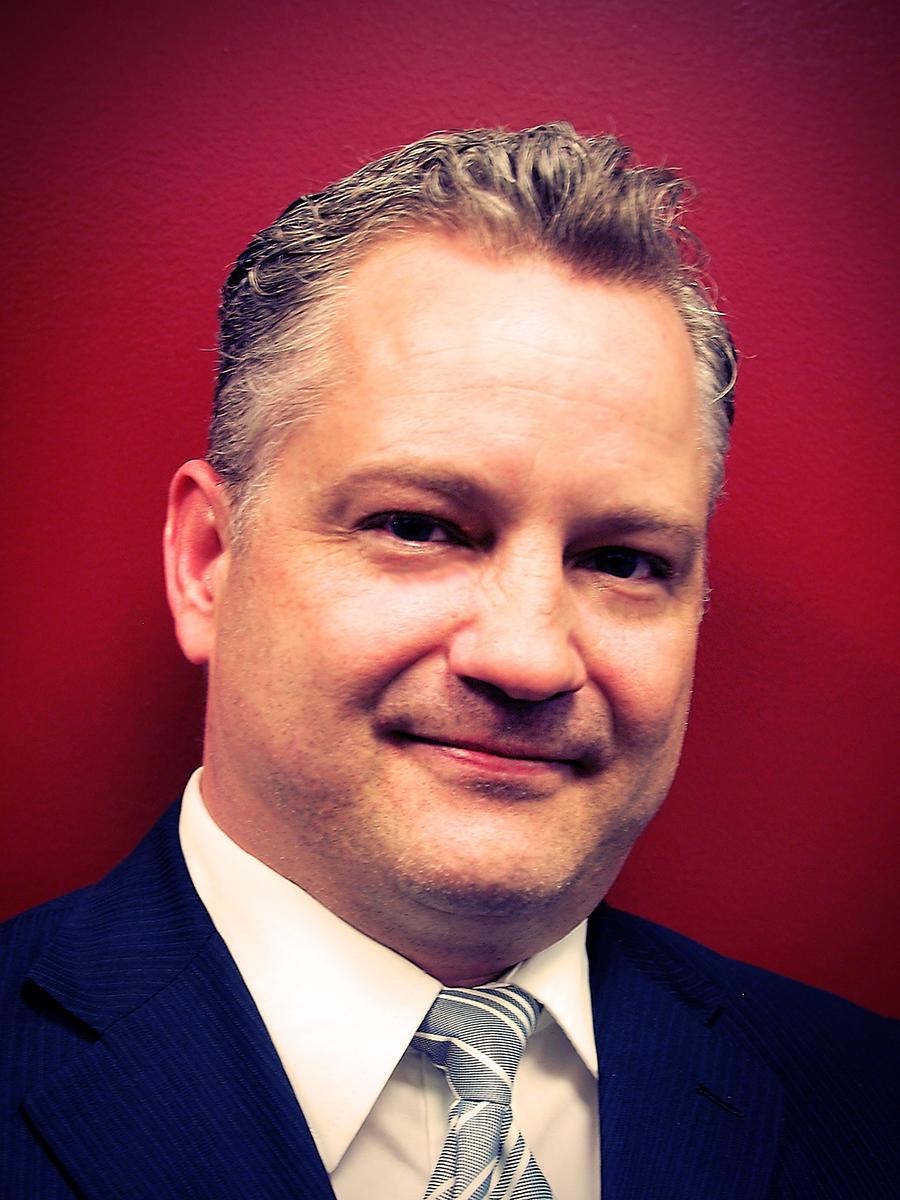 Tim MacMillan - 2015.jpg