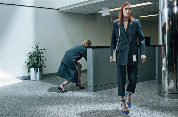 The-Office-wear-by-Amanda-Googe-Kiki-Willems-Ina-Jensen-Lou-Schoof02-696x457.jpg