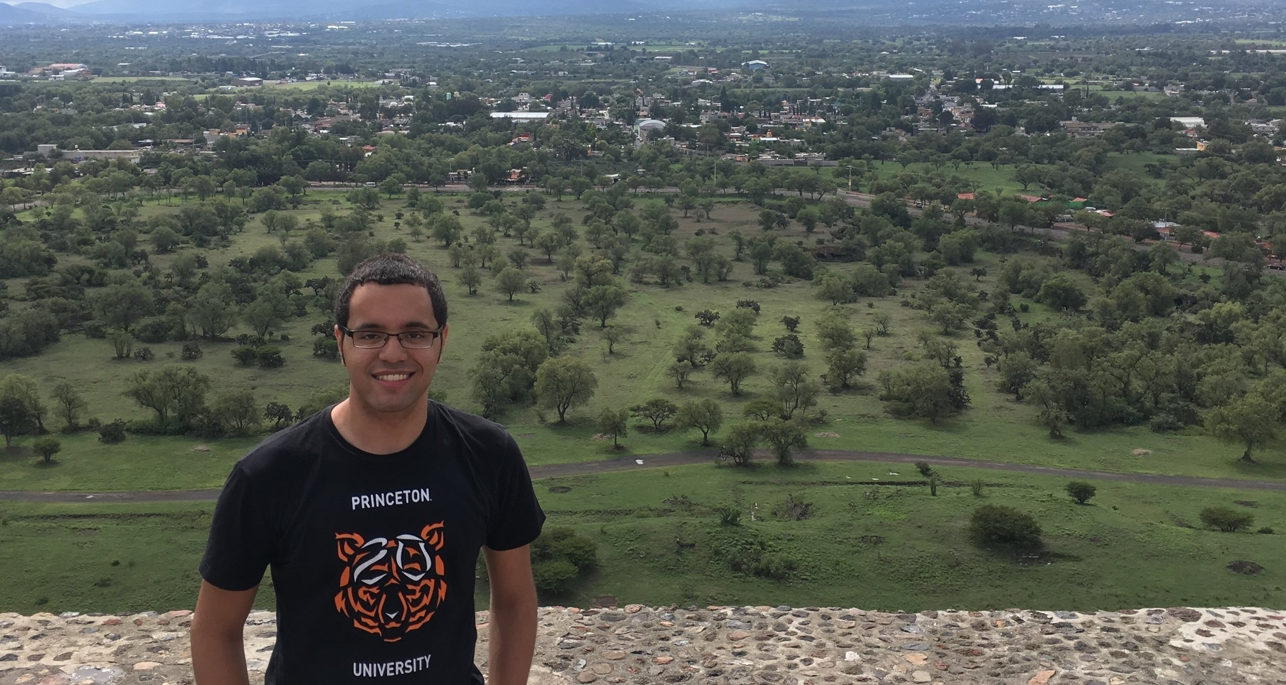 Maximo visiting the Sun Pyramid in Teotihuacan while completing an internship in Mexico (Summer, '17)