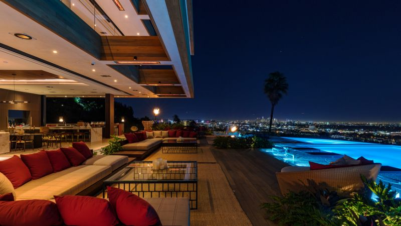 Yahoo! Lifestyle - $38 Million Los Angeles Home (With Interiors by Lenny Kravitz) Is an Entertainer's Dream