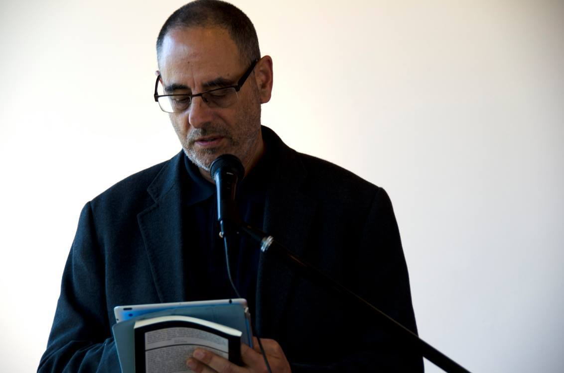 Norman Fischer reading at Hedreen Gallery. Photo: Samuel Ace © 2015